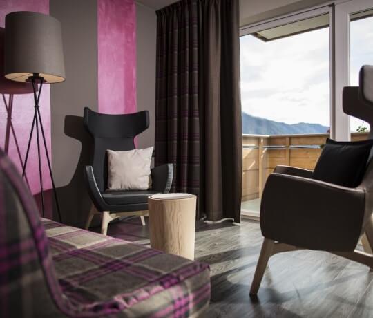 Piccolo salottino della Dolomiti Romantic Suite