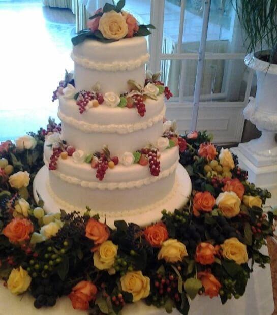 Fantasie floreali su torta