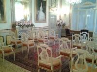 Ornamenti cerimoniali nella sala Des Dames