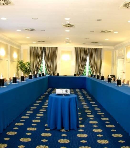 Allestimento per meeting nella Sala Minerva