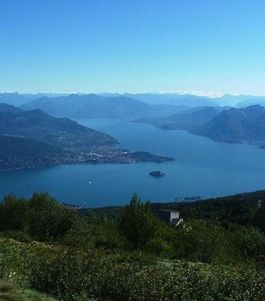 Vista del lago dal Mottarone