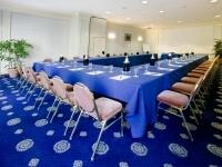 Tavolo blu nella Sala Urania