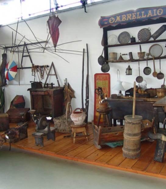 Museo dell'ombrello sul lago Maggiore