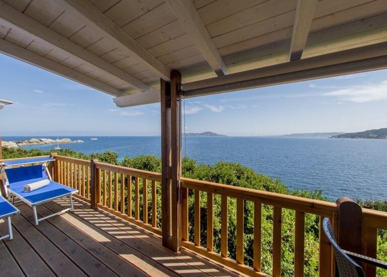Meerblick von der Veranda der Paradise Suite Skyline Luxuriöser Bungalow