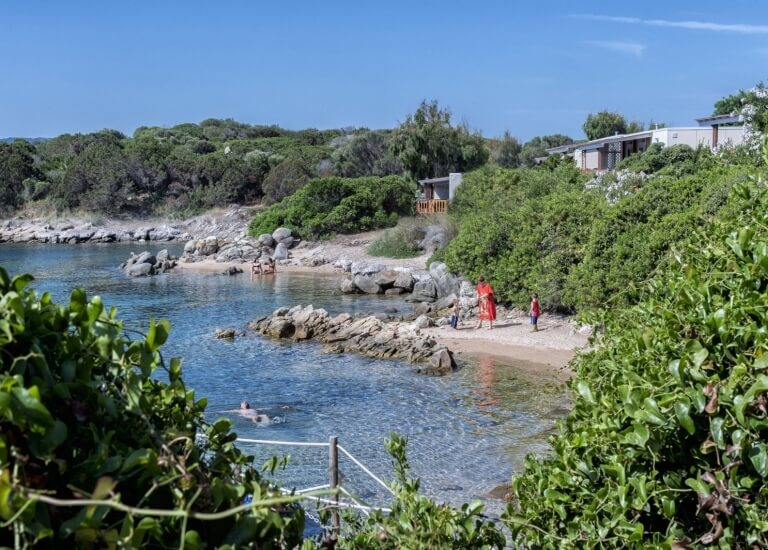 The Coves a stone's throw from the Paradise Suite Bay Bungalow