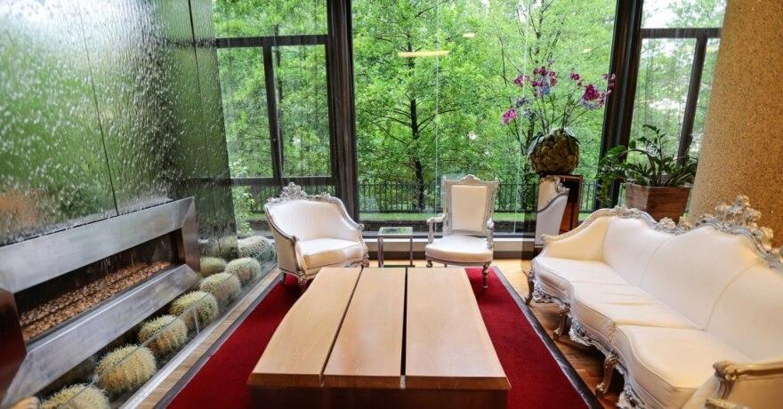 Angolo Relax nella Hall dell'Hotel Ròseo Euroterme a Bagno di Romagna