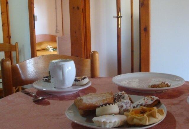 Sardinian sweets for breakfast