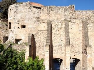 Antike Mauern von Alghero