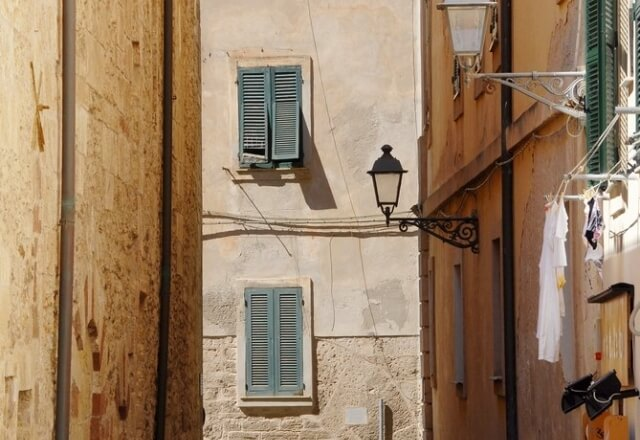 Via del centro storico di Alghero